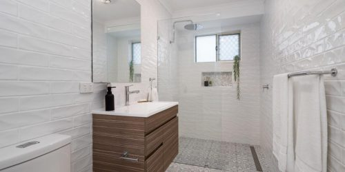 We are proud to support our customer, Tozer Construction Group, to finish the tiling work for those two beautiful bathrooms in Albury.